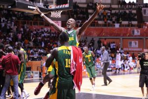 Senegal: músculo de bronce africano