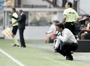 """Após tropeço contra o Cagliari, Mazzarri pede desculpas: """"Eu assumo as responsabilidades"""""""