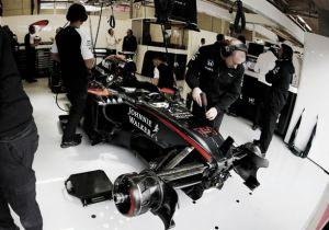 La lluvia y los problemas de McLaren marcan la tercera sesión de entrenamientos libres