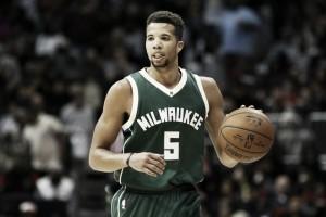 Houston Rockets Sign Michael-Carter Williams