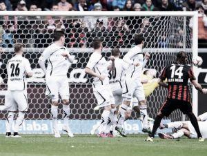 Eintracht Frankfurt 4-0 SC Paderborn: Magical Meier inspires Frankfurt to a emphatic win