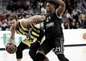 Turkish Airlines EuroLeague - Melli e il Fenerbahce non hanno pietà del Bamberg (57-80)