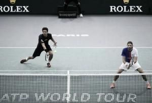 Em confronto brasileiro, Melo leva a melhor sobre Soares e vai à final em Paris
