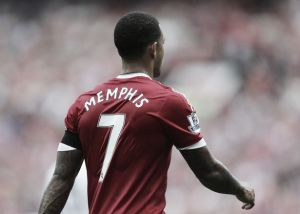 Memphis Depay only behind Ronaldo and Messi in shirt list; Schweinsteiger, Rooney also feature