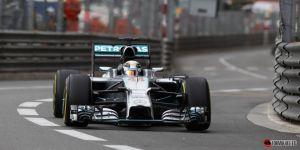 Lewis Hamilton se pone a punto para la clasificación