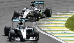 Mercedes, Abu Dhabi per chiudere in bellezza