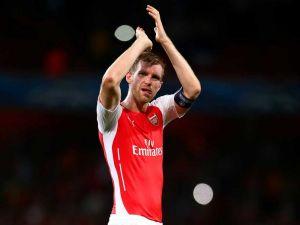Arsenal must improve defensively says Per Mertesacker
