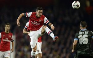 Opinion: Why Arsenal shouldn't sell Ozil for Carvalho