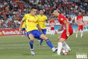 El Cádiz vuelve con empate al fútbol profesional