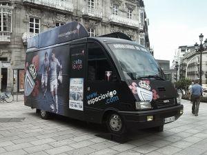 El Celta estrena un microbús