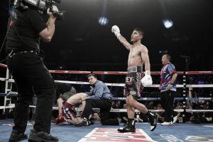 """Mikey García destrona a """"Rocky"""" Martínez en 8 asaltos"""