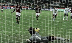 Al Milan le sale cruz y se estrella con el Genoa