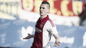 Milik comanda la remontada del Ajax ante el Cambuur