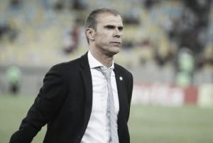 Vasco busca redefinir planejamento para temporada após eliminações