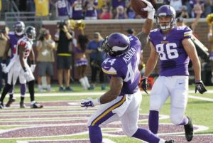 Vikings reflotó su ataque por tierra para sorprender a Falcons