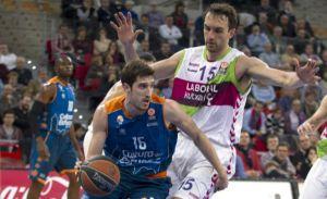 Mirza Begic se queda en Vitoria hasta final detemporada