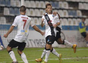 El Lleida muerde al Guijuelo y sigue soñando con la Copa