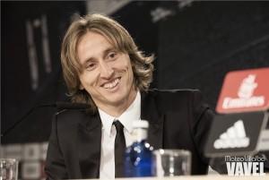 Así fue el acto de prensa tras la renovación de Luka Modric