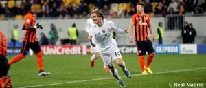 Modric y Carvajal se estrenan en la presente temporada