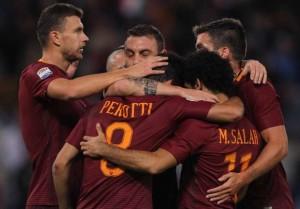 La Roma vence al Bolonia con un Salah pletórico