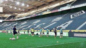 El Villarreal entrena en el Borussia Park