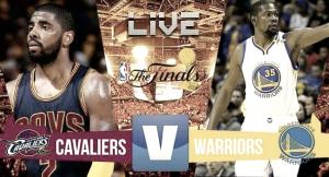 Los Warriors, a un paso del título tras vencer en Cleveland