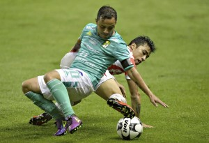 León y Necaxa se 'ahogan' sin goles