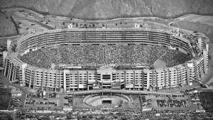 Estadio Monumental de Lima fue clausurado una vez más
