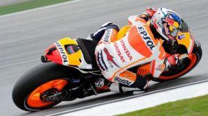 Pedrosa vince a Sepang, Marquez si avvicina al Mondiale