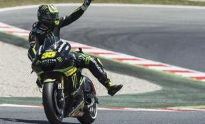 MotoGP: splendido Crutchlow in pole ad Assen, Rossi 4°