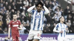 El Huddersfield se estrella contra el muro galés