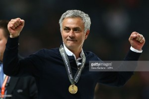 Report: Manchester United to announce Jose Mourinho contract extension imminently