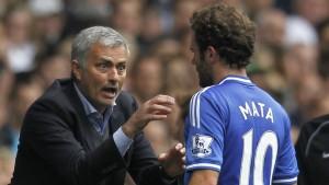 """Mourinho: """"Mata es feliz y no espero que me pida salir del club"""""""