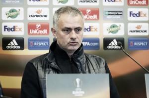 Mourinho comemora classificação para a próxima fase da UEL, mas lamenta jogadores lesionados