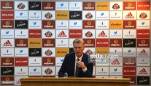 David Moyes says Sunderland will 'park the double-decker bus' ahead of trip to Anfield