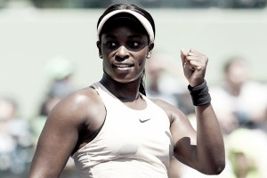 WTA Miami: Sloane Stephens slides past Garbine Muguruza