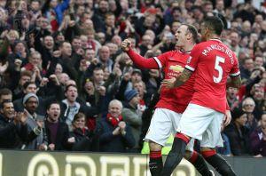 Rooney devuelve la sonrisa a Old Trafford