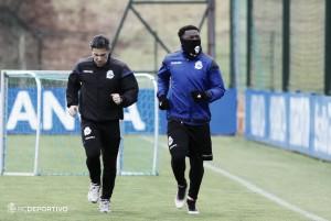 Muntari se ejercita en solitario en su primer entrenamiento a prueba