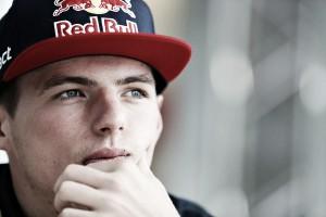 """Max Verstappen: """"El superblando nos dará más agarre"""""""