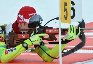 Biathlon, sprint maschile Nove Mesto: uno strepitoso Jakov Fak trionfa davanti a Schempp e Beatrix