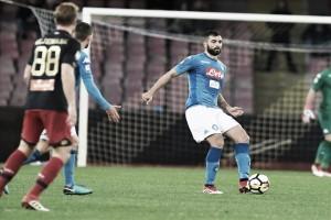 Napoli vence Genoa pelo placar mínimo e segue na briga pelo título da Serie A