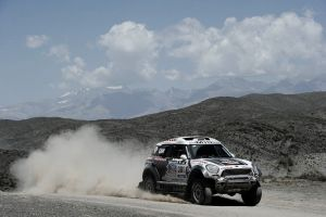 Dakar 2014: Al- Attiyah y Loprais reinan en Antofagasta