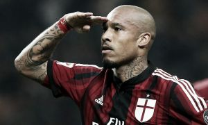 De Jong signs extension at AC Milan
