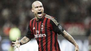 De Jong set to extend with Milan