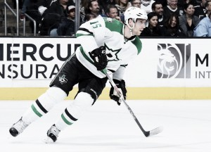 Dallas Stars use big second period to defeat Los Angeles Kings 6-3 at Frozen Fury