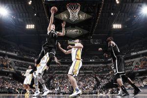 Bogdanovic y Johnson acercan a los Nets a los playoffs