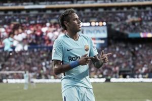 Em meio a rumores, Neymar decide mais uma vez e Barcelona vence United