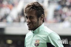 Neymar y buen ambiente en el entrenamiento de tarde