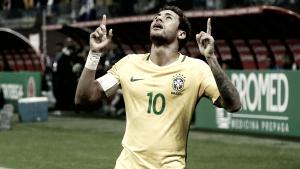 Mundial 2018: Brasil garante apuramento e festeja com vodka russa