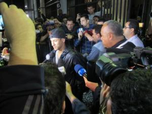 """Neymar: """"Es un honor, el momento más feliz de mi vida, pero no hay prisa"""""""